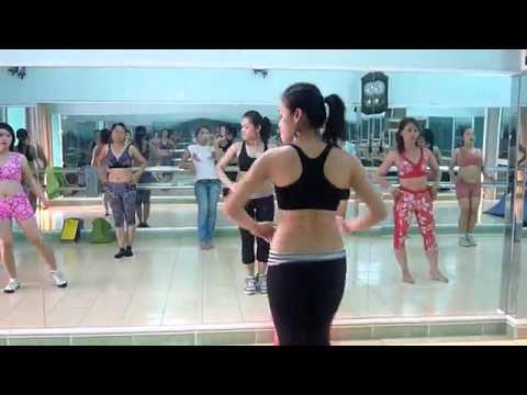 Tập thể dục nhịp điệu tại Hà Nội