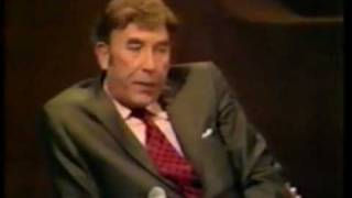 Michael Parkinson: The Frankie Howerd Interview 1/3
