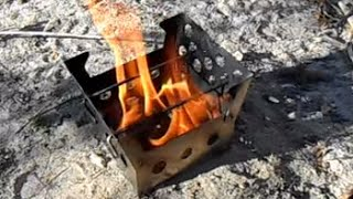A Great Bushcraft Stove: The Cube Stove