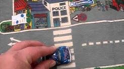 Kaupunki, katu, tori, kauppa, uimahalli, kahvila, puisto, puistokatu, parkkipaikka, auto