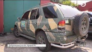 Волонтери відремонтували позашляховик для бійців АТО