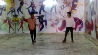 Ladki beautiful dance by sam n nasib