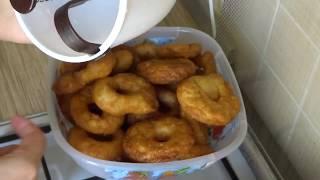 Пончики с помощью дозатора
