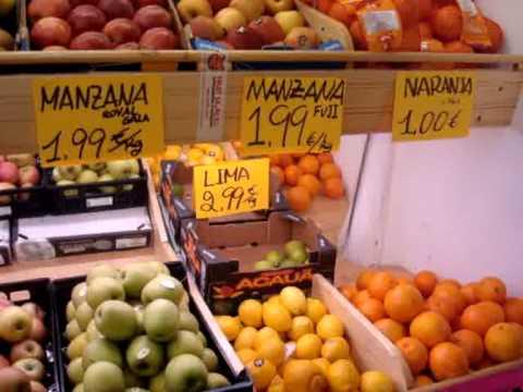 V deo vocabulario fruter a youtube for Decoracion de fruterias