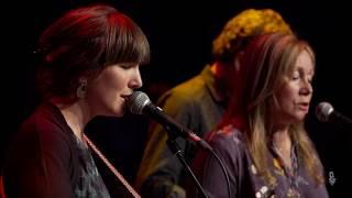 Anna Tivel  - Velvet Curtain (Live on eTown)