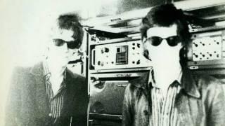 39 Clocks - Shake The Hippie - 1981