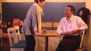 大学の写真サークルのメンバー、美樹(光宗薫)、彩(熊谷弥香)、岡田(...