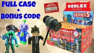 Roblox Toys Series 5 Blind Boxes & Code Items, Unboxing & Toy Review
