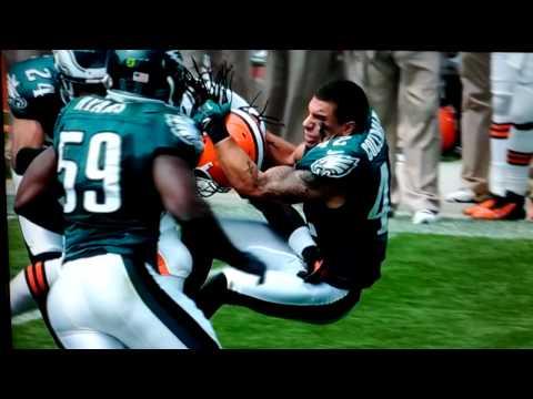 Trent Richardson Running Over the Eagles