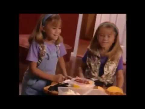 Mary-Kate & Ashley Olsen - Pizza