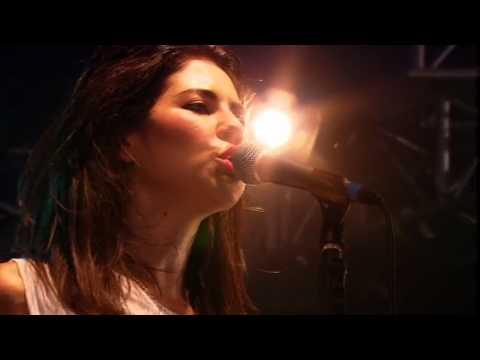 (HD) Marina and the Diamonds - Complete Set (Radio1 Big Weekend 23-05-2010)