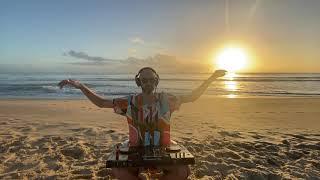 6AM Melodic House & Techno na Praia Brava - Itajaí SC