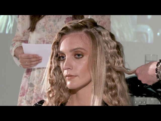 Ultimate mermaid waves by Samantha Hillerby at The Coterie: In Session | Creative HEAD Magazine