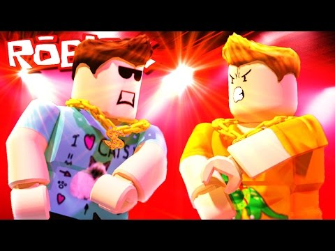 DENIS VS. SKETCH RAP BATTLE IN ROBLOX!