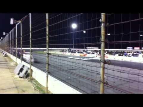 Lucas oil speedway - Indianápolis - 2 metros dos carros