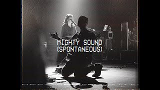 Mighty Sound (Spontaneous) - Brian and Jenn Johnson | MOMENTS: MIGHTY SOUND