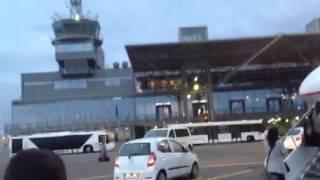 Аэропорт МАКЕДОНИЯ, Салоники-Греция(аэропорт македония, Эгейские авиалинии и Olympic airways.Отличный самолет. А 320., 2012-11-24T22:29:05.000Z)