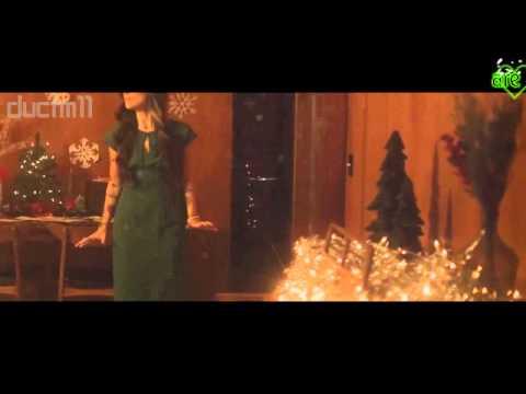 Christina Perri- Something About December (karaoke instrumental) by Backing Track (lyrics)