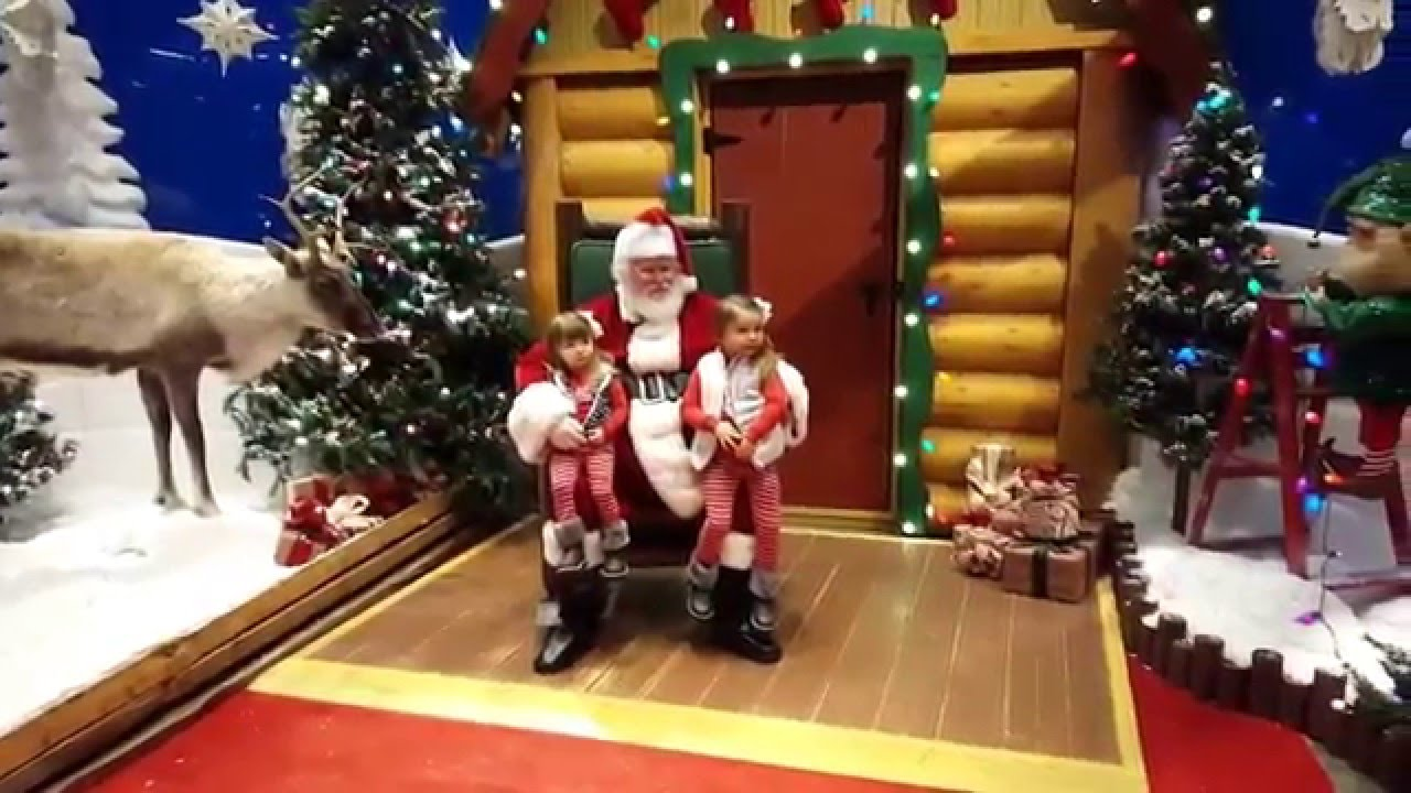 Santa Pictures  Bass Pro Shop - Youtube-4319