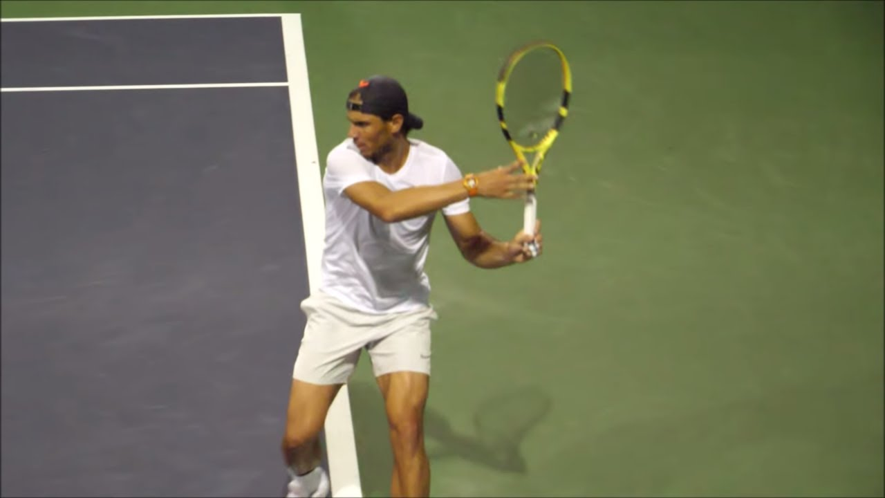 Racket angle at contact and trajectory