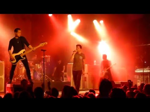 Simple Plan - Kiss Me Like Nobody's Watching (HD) @ Große Freiheit 36 Hamburg 12.03.16