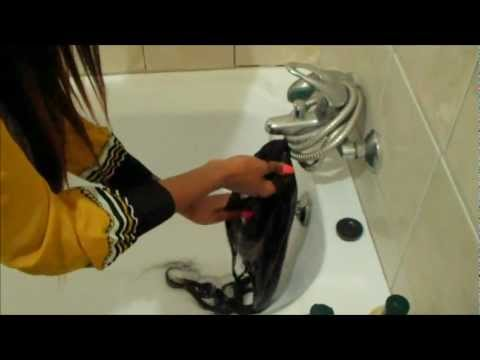 Washing and conditioning your hair (weave or wig)