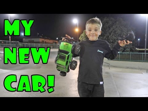 DRIVING MY NEW RC CAR!