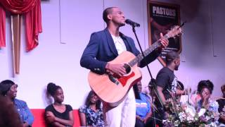 Jonathan McReynolds- No Grey (Live)