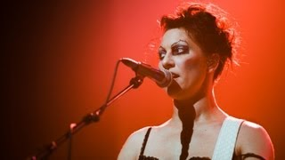 Amanda Palmer & The Grand Theft Orchestra - Grown Man Cry (Live in London) | Moshcam