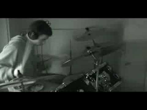 Gorillaz - 19-2000 (soulchild remix) drum cover