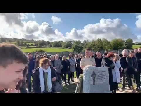 Tanner and Drew - Irish Guy Plays Funny Message From The Grave During His Funeral