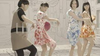 ガールズトークたっぷり!Perfumeの「Ora2」CMメイキング映像!