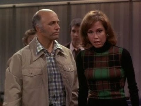 Download Mary Tyler Moore (S04E20) Better Late...That's a Pun...Than Never