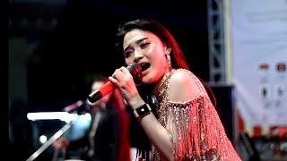 Download lagu Cantiknya Arlida Putri saat menghibur warga Lamongan MP3
