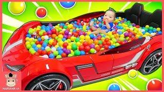 대형 자동차 침대 안에서 볼풀 서프라이즈 에그 장난감 찾기 놀이 ♡ SURPRISE TOYS Giant Ball Pit Challenge | 말이야와아이들 MariAndKids