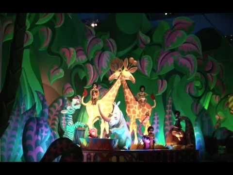 Disneyland la maison des poup e youtube - La maison des ursules ...