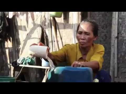 Baksos Pemberian Tangki Air di Tanjung Kait