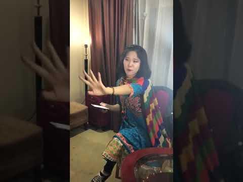 Chinese girl speak Sindhi