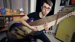 Guitarra gigante de 20 cuerdas