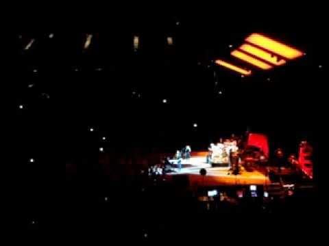 Second hand news - Fleetwood Mac - London 27/9/2013