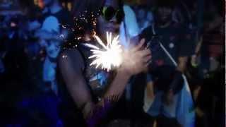 Смотреть клип Azealia Banks - No Problems