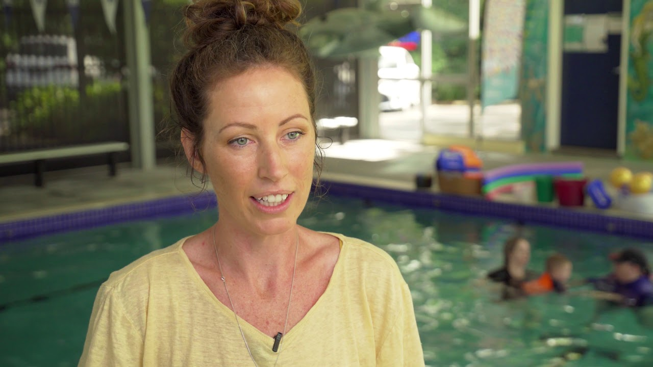 Hear Sofie and Tilsa's story of the importance of swimming lessons.