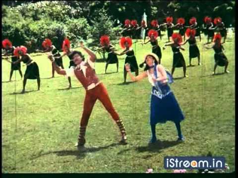 Download Aththaku Yamudu Ammayiki Mogudu: 'Kalalo pettani...' song!