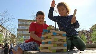 «Марш на улицу»: бельгийских детей хотят оторвать от телевизоров