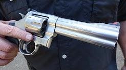 "Smith & Wesson 629 5"" .44 Magnum Revolver Review"
