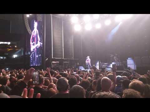 Green Day - 21Guns  (Oakland Alameda County Coliseum, CA 08/05/2017)