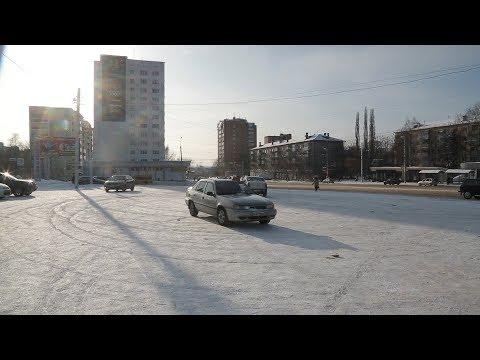UTV. Уфимские таксисты устроили забастовку. Они выступают против крупных таксопарков