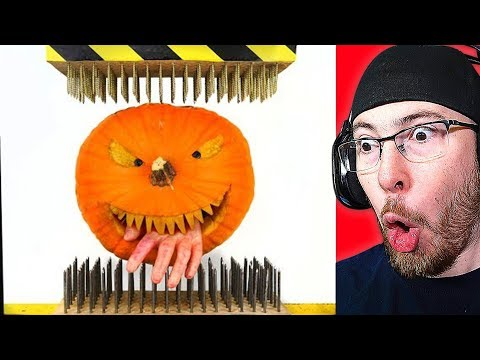 HALLOWEEN PUMPKIN CRUSHED by 1000 NAILS! (HYDRAULIC PRESS EXPERIMENT)