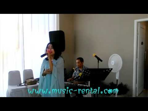 Butiran Debu - Singer by Ms. Arum w/ Organ Tunggal Mr. Baraboy
