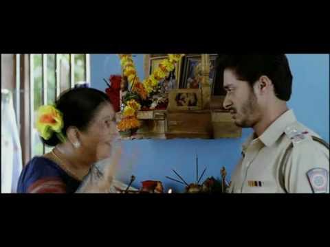 Aagey se Right  -  Shreyas Talpade treated like a Kid (HQ)